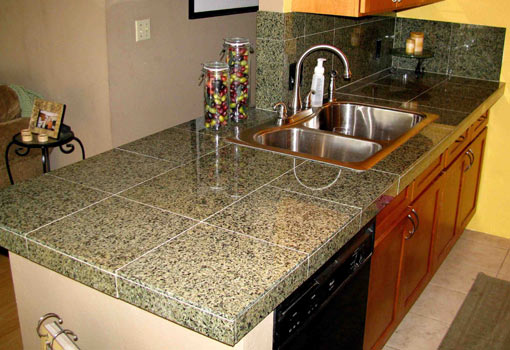 how much does it cost to get new countertops installed